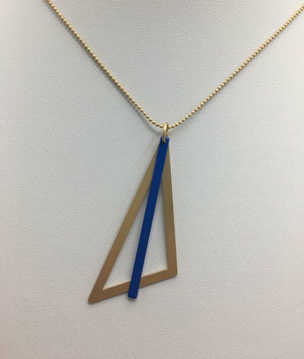 wolfkat ketting geometrics driehoek goud staafje blauw