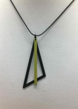 wolfkat kettingen geometrics driehoek zwart staafje groen