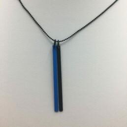 wolfkat kettingen geometrics staafjes zwart blauw