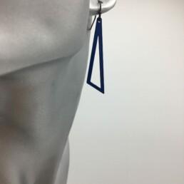 wolfkat oorbellen geometrics driehoeken open blauw