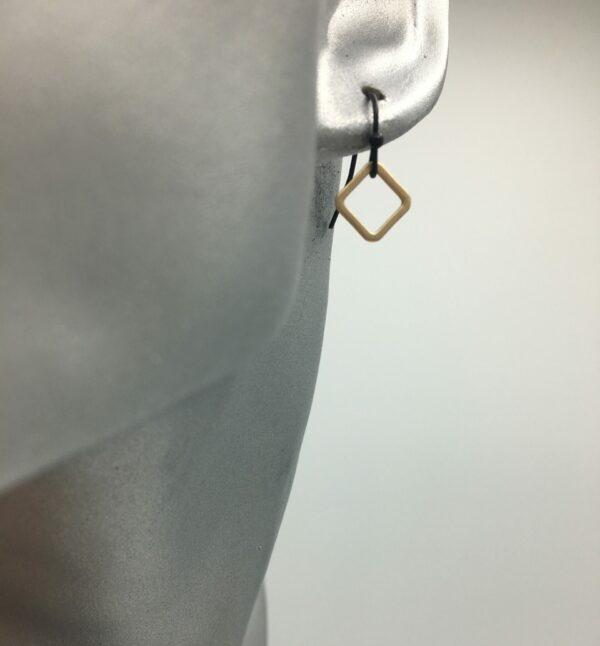wolfkat oorbellen geometrics vierkantjes vierkantje mini goud