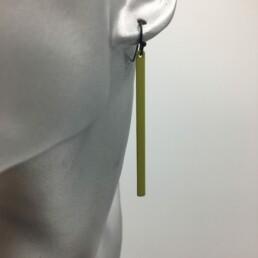 wolfkat oorbellen geometrics staafjes lang groen