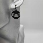 Wolfkat oorbellen geometrics rondjes triple gelijnd zwart