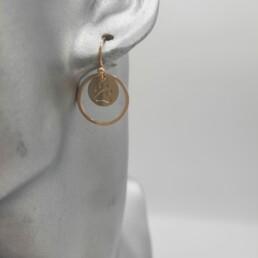 wolfkat oorbellen geometrics rondjes en ovalen dubbel rondje goud met pootafdruk
