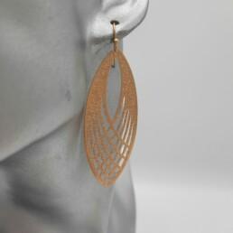 wolfkat oorbellen geometrics ovalen ovaal groot gelijnd goud